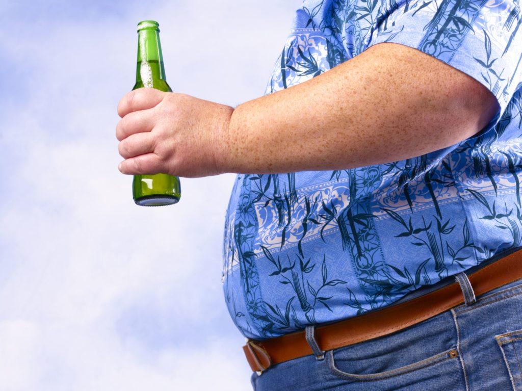 Алкоголь вызывает ожирение?