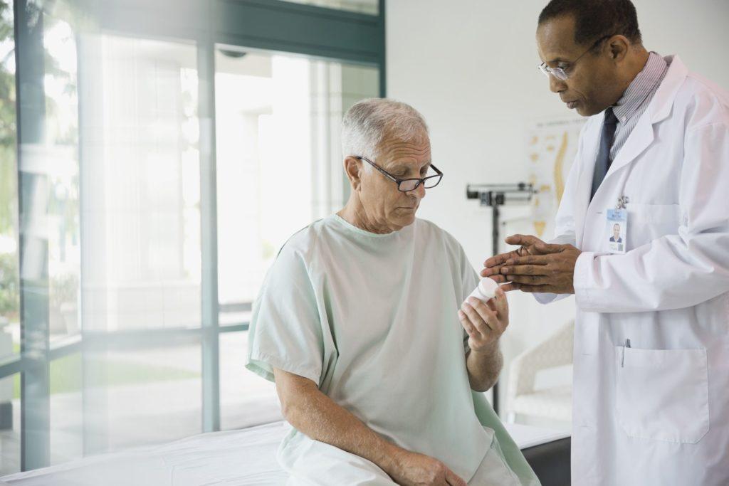 Антипсихотики Black Box Предупреждение для пожилых людей с деменцией