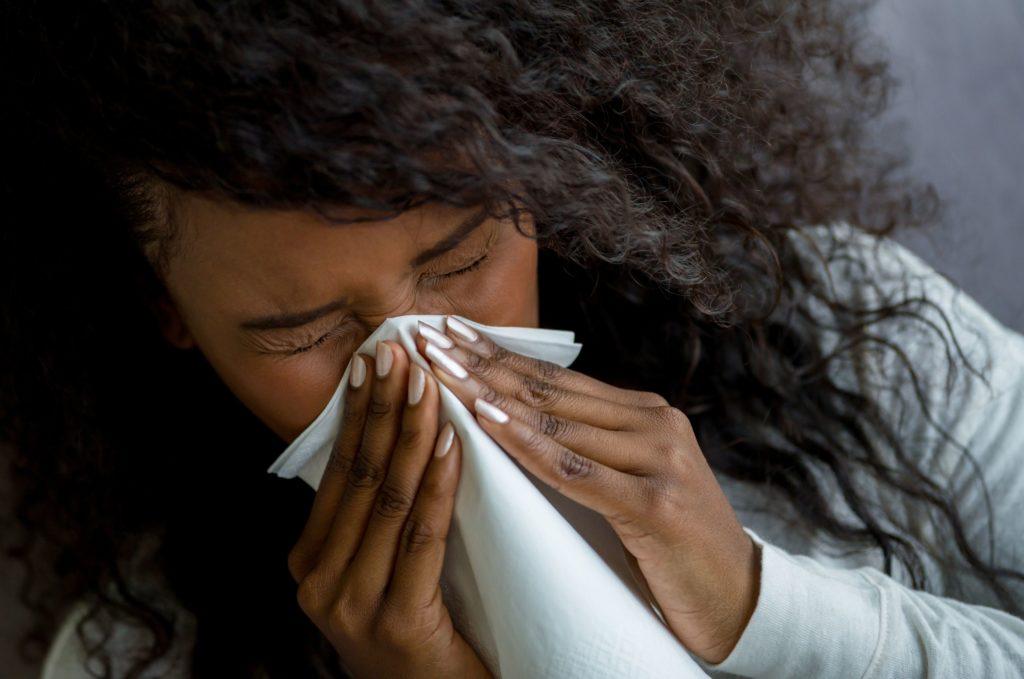 Взаимодействие лекарств от простуды с антидепрессантами и биполярным лечением