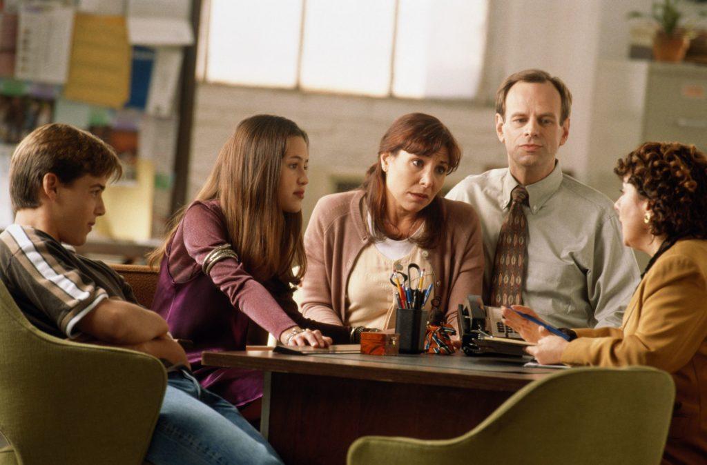 Должно ли лечение наркомании включать семью?