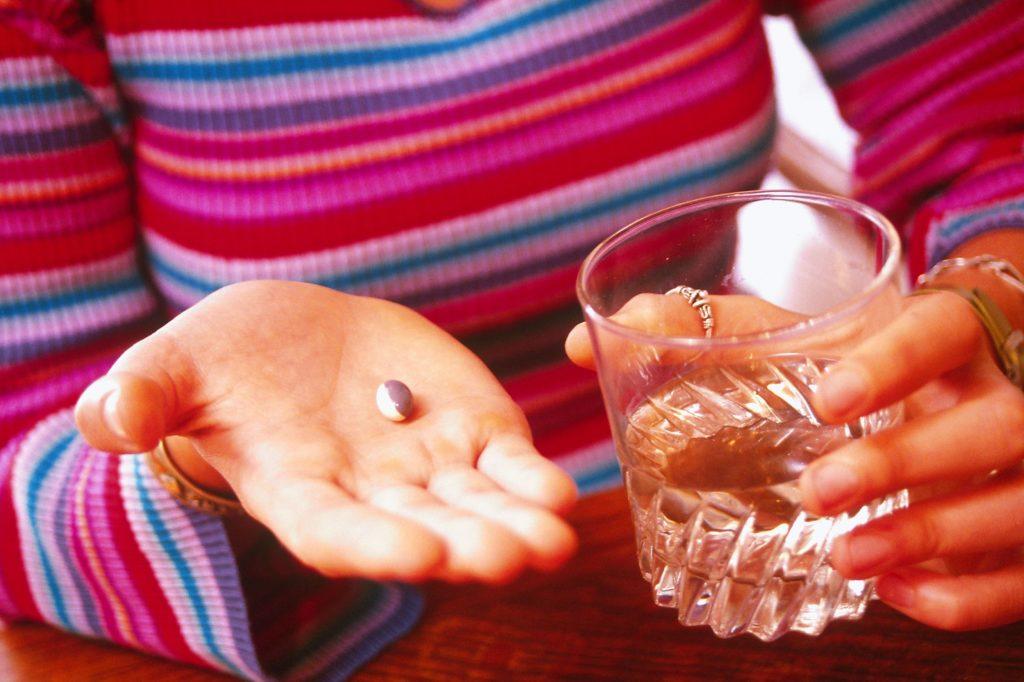 Использование Remeron и побочные эффекты в лечении депрессии