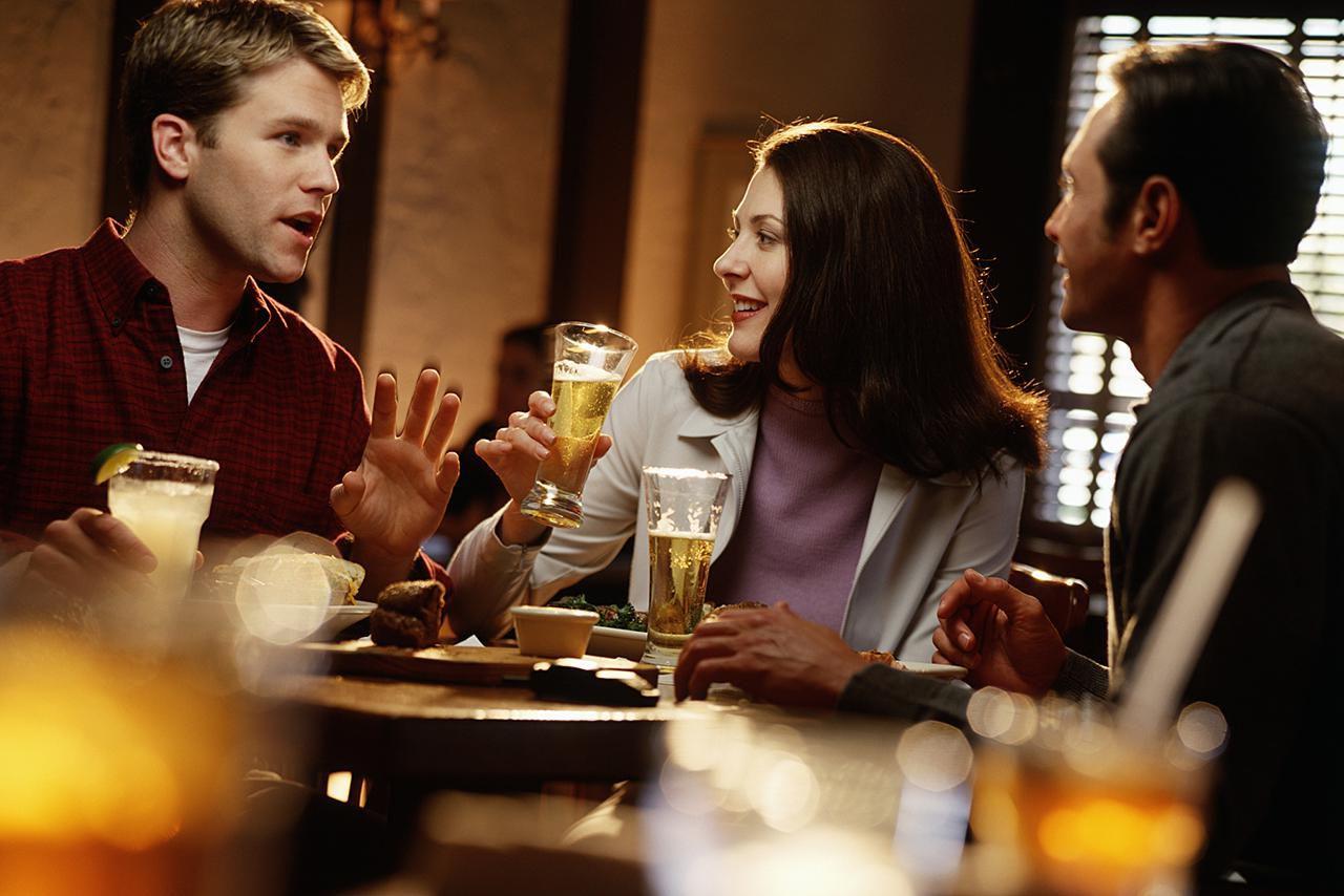 Как алкоголь влияет на ваше питание