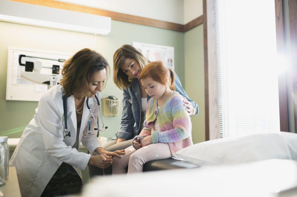 Как выбрать лучшего педиатра для вашего ребенка