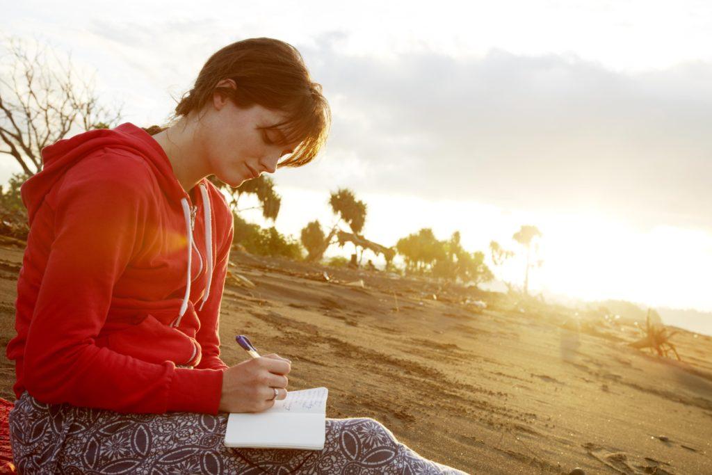 Как когнитивно-поведенческие методы могут помочь людям с ПТСР