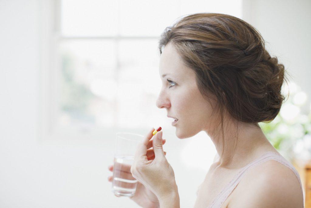 Как лекарства могут помочь улучшить мышление и уменьшить гнев в BPD