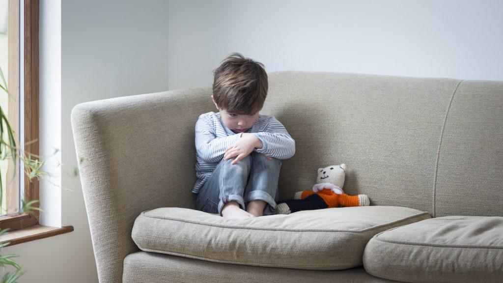 Как помочь детям, которые боятся смерти от коронавируса  Эми Морин, LCSW