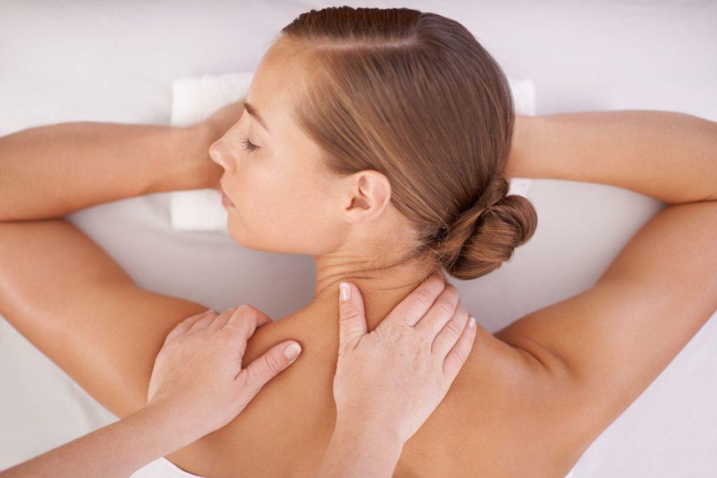 Как терапевтический массаж может помочь уменьшить беспокойство