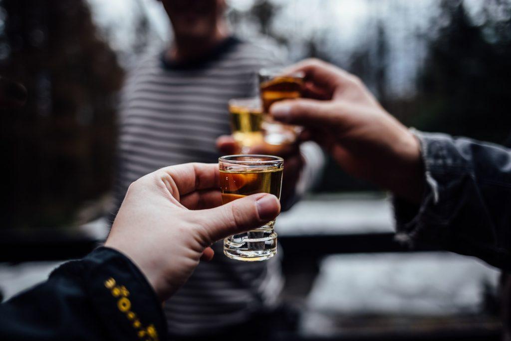 Может ли алкоголь вызывать гнев, агрессию и насилие?