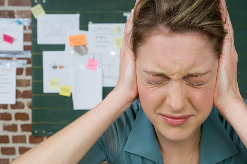 Общие защитные механизмы, которые люди используют, чтобы справиться с тревогой