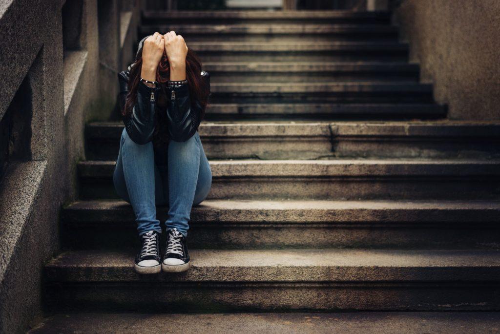 Подростковый секс и употребление наркотиков связаны с усилением депрессии