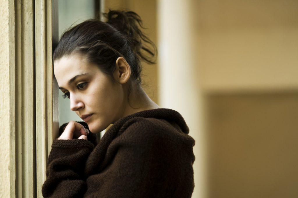 Почему диссоциативное расстройство личности является спорным условием