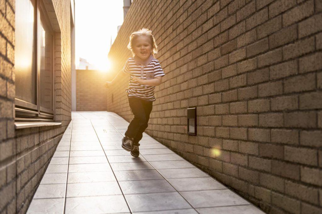 Родители должны остерегаться любых внезапных изменений в поведении ребенка