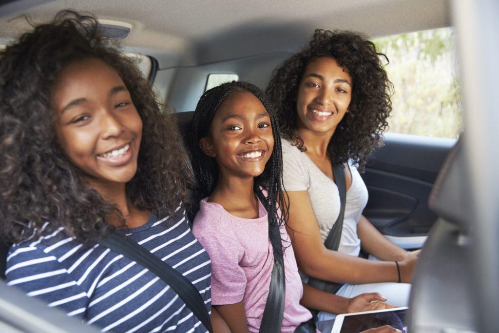 Руководство по выживанию в длинном автомобиле для больших семей
