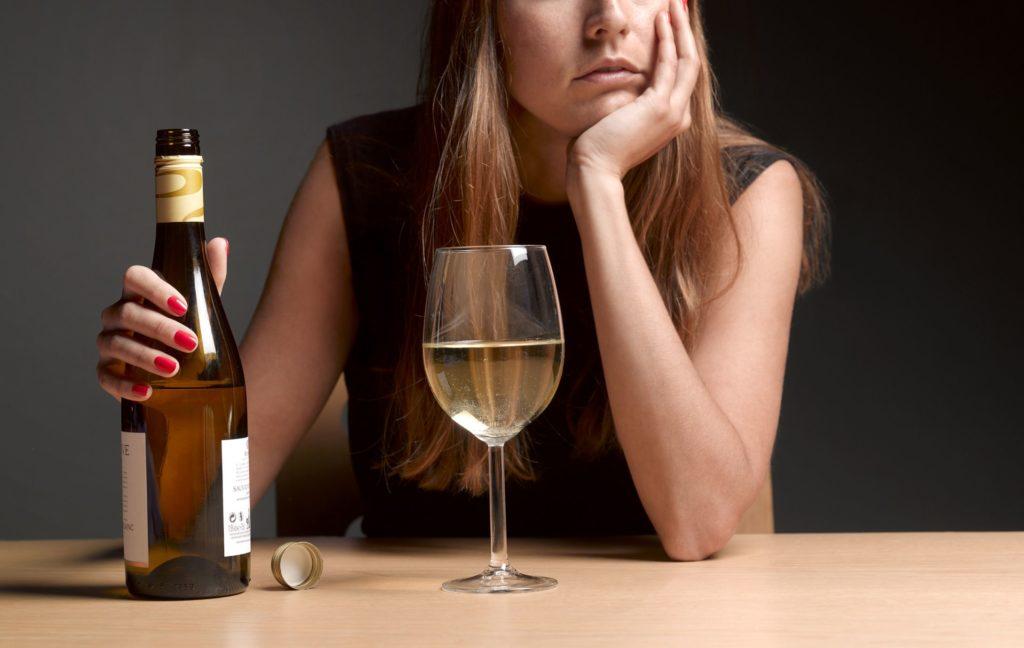 Чем отличаются различные проблемы с алкоголем