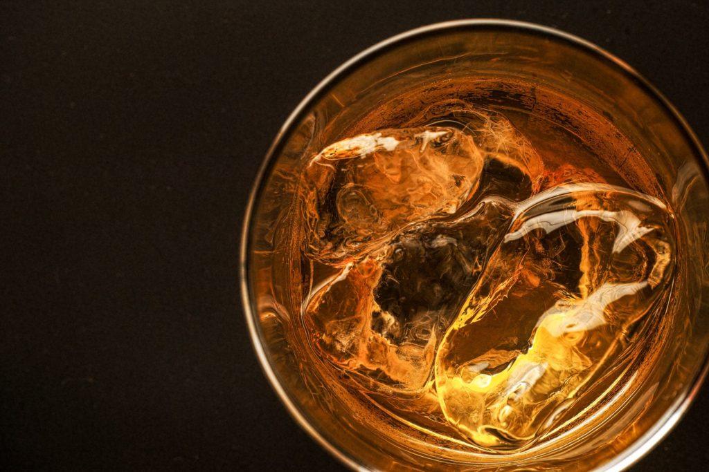 Что именно мы имеем в виду, когда говорим об алкоголизме?